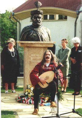 Bocskai Isván szobrának avatása